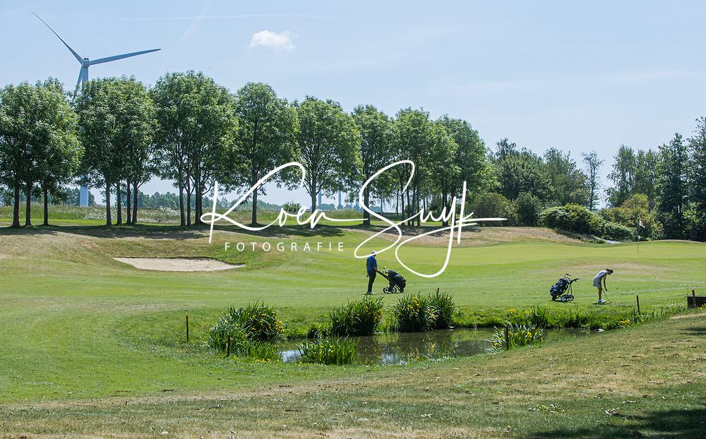 BRIELLE -  hole 7 , Kleiburg , golfbaan.  COPYRIGHT KOEN SUYK