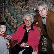 Onthulling wassenbeeld Annie M.G. Schmidt Madame Tussaud's, zoon Flip van Duijn en kleinzoon
