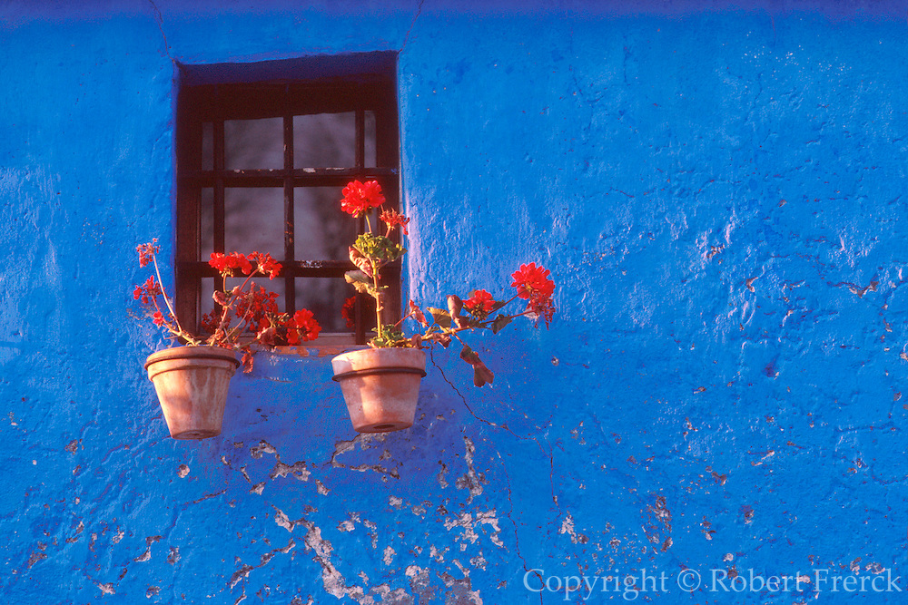 SPAIN, CASTILE and LEON village house with geraniums, near Segovia