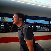 Frankfurt. #germany #mainrailwaystation #hauptbahnhof #frankfurt #portrait #train #ice #platform #reflection #dailylife #publictransport #public