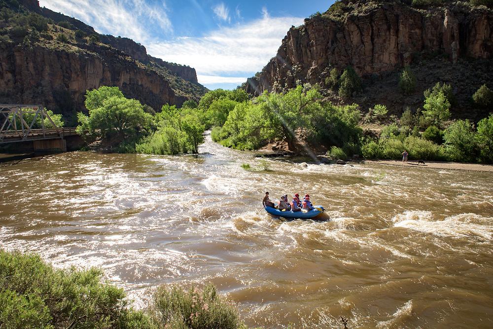 River rafting the Taos Box at the John Dunn Bridge, Arroyo Hondo, New Mexico