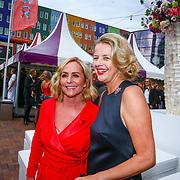 NLD/Amsterdam/20180616 - 26ste AmsterdamDiner 2018, Angela Groothuizen en Mabel van Oranje