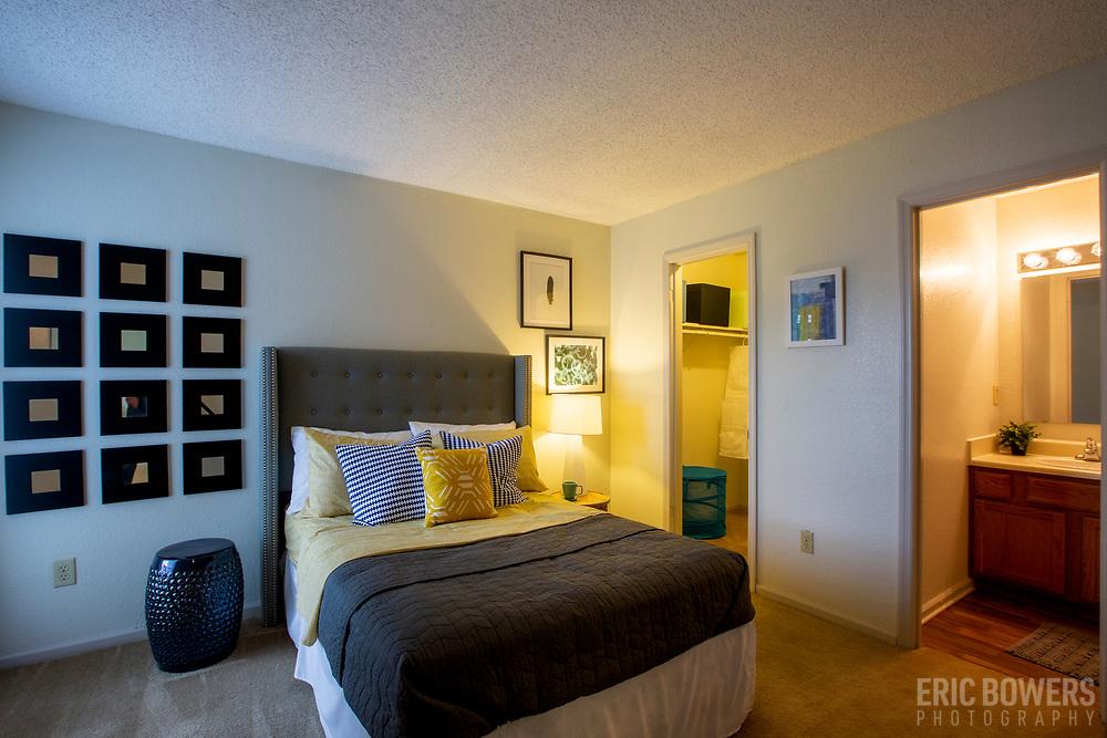 Photography of Pinehurst Apartments in Kansas City, Missouri for NAI Global.