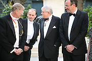 Sir Nicholas Grimshaw, Andrew Mar and David Hockney Royal Academy Annual Dinner. Piccadilly. London. 5 June 2007.  -DO NOT ARCHIVE-© Copyright Photograph by Dafydd Jones. 248 Clapham Rd. London SW9 0PZ. Tel 0207 820 0771. www.dafjones.com.