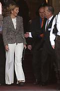 Her royal highness princess Máxima of the The Netherlands was present at the distribution of cheques to civil society organisations in the town hall of Rotterdam on Wednesday 8 February.<br /> <br /> Hare Koninklijke Hoogheid Prinses Máxima der Nederlanden was aanwezig bij de uitreiking van cheques aan maatschappelijke organisaties in het Stadhuis van Rotterdam op woensdag 8 februari .<br /> <br /> Ontvangst door de heer mr. I.W. Opstelten, burgemeester van Rotterdam en de heer J. van Rijn, voorzitter van de Stichting Neyenburgh