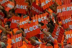 30-05-2019 NED: Volleyball Nations League Netherlands - Poland, Apeldoorn<br /> Orange support block boards