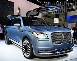 Nov 16, 2016. Los Angeles CA. 2017 Lincoln navigator part concept and part real on display, during the media day at the Los Angeles Auto show Wednesday. The show opens to the public on Nov 18th to the 27th.  photos by Gene Blevins/LA DailyNews/ZumaPress. (Credit Image: © Gene Blevins via ZUMA Wire)