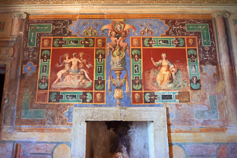 """Room of The Nobility (Stanza della Nobilta). The Renaissance paintings by Federico Zuccari can be dated to 1566-67. Decorated with Trompe-l'?il Ionian Pillars & busts the figures in the panels depict """"Virtue"""" and """"Thee Liberal Arts"""". Villa d'Este, Tivoli, Italy. A UNESCO World Heritage Site. .<br /> <br /> Visit our ITALY PHOTO COLLECTION for more   photos of Italy to download or buy as prints https://funkystock.photoshelter.com/gallery-collection/2b-Pictures-Images-of-Italy-Photos-of-Italian-Historic-Landmark-Sites/C0000qxA2zGFjd_k<br /> If you prefer to buy from our ALAMY PHOTO LIBRARY  Collection visit : https://www.alamy.com/portfolio/paul-williams-funkystock/villa-este-tivoli.html"""