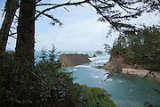 Hiking and sight seeing at Sunset Bay State Park, Oregon
