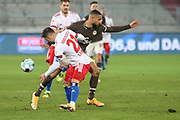 Fussball: 2. Bundesliga, FC St. Pauli - Hamburger SV, Hamburg, 01.03.2021<br /> Tim Leibold (HSV, l.) - Daniel-Kofi Kyereh (Pauli)<br /> © Torsten Helmke