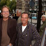 Presentatie sieradenlijn Maik de Boer, Rob Verlinden en vriend Rob Weijers