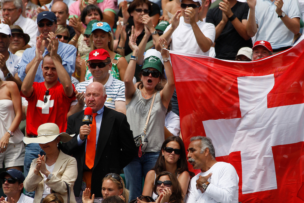 Roland Garros. Paris, France. June 10th 2007..Men's Final..Mansour Bahrami and a NBC journalist among the Swiss supporters..