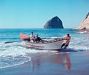 1212-02. Pacific dory boat at Cape Kiwanda