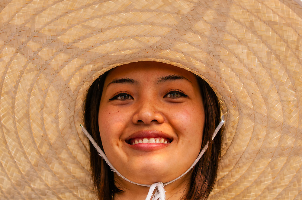 Thai woman, Four Seasons Resort Chiang Mai, Mae Rim district, near Chiang Mai, Northern Thailand
