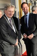 Bevrijdingsconcert 2015 op de Amstel in Amsterdam in aanwezigheid van de koninklijke Familie<br /> <br /> Freedomconcert 2015 on the Amstel River in Amsterdam in the presence of the Royal Family<br /> <br /> Op de foto / On the photo: Premier Mark Rutte en Burgemeeste rEberhard van der Laan