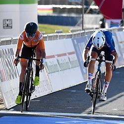 26-09-2020: wielrennen: WK weg vrouwen: Imola <br /> Sprint second place Annemiek van Vleuten beats Elisa Longo Borghini26-09-2020: wielrennen: WK weg vrouwen: Imola