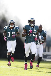 Philadelphia Eagles running back LeSean McCoy (25) enters the field before the NFL game between the Detroit Lions and the Philadelphia Eagles on Sunday, October 14th 2012 in Philadelphia. The Lions won 26-23 in Overtime. (Photo by Brian Garfinkel)