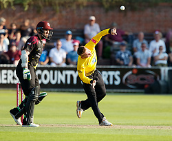 Gloucestershire's Tom Smith blows to Peter Trego<br /> <br /> Photographer Simon King/Replay Images<br /> <br /> Vitality Blast T20 - Round 1 - Somerset v Gloucestershire - Friday 6th July 2018 - Cooper Associates County Ground - Taunton<br /> <br /> World Copyright © Replay Images . All rights reserved. info@replayimages.co.uk - http://replayimages.co.uk