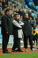 Photo: Ed Godden.<br />Coventry City v Brighton & Hove Albion. Coca Cola Championship. 04/02/2006. <br />Brighton manager Mark McGhee (L) and Micky Adams (R).