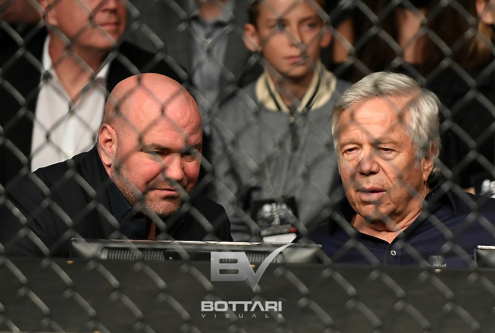 NEW YORK, NY - NOVEMBER 12:  New England Patriots owner Bob Kraft watches the featherweight bout between Miesha Tate of the United States and Raquel Pennington of the United States during the UFC 205 event at Madison Square Garden on November 12, 2016 in New York City.  (Photo by Jeff Bottari/Zuffa LLC/Zuffa LLC via Getty Images)