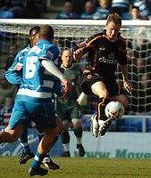 Photo: Ed Godden.<br />Reading v Wolverhampton Wanderers. Coca Cola Championship. 18/03/2006. <br />Wolves' Tomasz Frankowski clears the ball.
