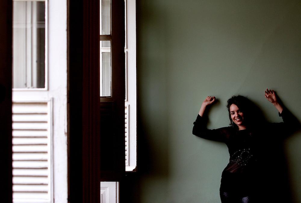 Belo Horizonte_MG, Brasil...Retrato da cantoraBianca Luar na Casa do Conde de Santa Marinha. ..Portrait of Bianca Luar singer in Casa do Conde de Santa Marinha...Foto: LEO DRUMOND / NITRO.