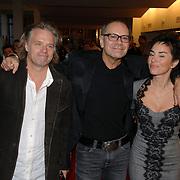 NLD/Tilburg/20061105 - Premiere Oebele, Rob de Nijs en partner Henriette Koetschruiter, Frank Jansen