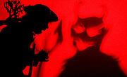 Nova Lima_MG, Brasil...Grupo Armatrux - Espetaculo de Banda pra Lua. Apresentacao no Teatro Municipal de Nova Lima...Armatrux group - de Banda pra Lua spectacle. The presentation was in Municipal Theater in Nova Lima...Foto: LEO DRUMOND /  NITRO