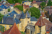 France, Aquitaine, Dordogne (24), Perigord Noir, vallee de la Dordogne, Sarlat-la-Caneda, vue generale // France, Aquitaine, Dordogne, Perigord Noir, Dordogne valley, Sarlat-la-Caneda
