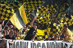 10.04.2010, Bruchwegstadion, Mainz, GER, 1. FBL, 1.FSV Mainz 05 vs Borussia Dortmund, im Bild Dortmunder Fans, EXPA Pictures © 2010, PhotoCredit: EXPA/ nph/  Roth / SPORTIDA PHOTO AGENCY