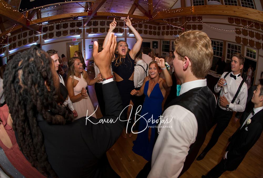St Paul's School Prom.  ©2017 Karen Bobotas Photographer