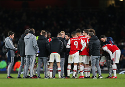 Arsenal manager Mikel Arteta leads the team talk during extra time - Mandatory by-line: Arron Gent/JMP - 27/02/2020 - FOOTBALL - Emirates Stadium - London, England - Arsenal v Olympiacos - UEFA Europa League Round of 32 second leg