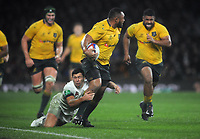Rugby Union - 2017 Old Mutual Wealth Series (Autumn International) - England vs. Australia<br /> <br /> Sekope Kepu of Australia,evades a tackle from Owen Farrell at Twickenham.<br /> <br /> COLORSPORT/ANDREW COWIE