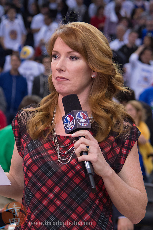 December 25, 2015; Oakland, CA, USA; ESPN sideline reporter Heather Cox after a NBA basketball game on Christmas between the Golden State Warriors and the Cleveland Cavaliers at Oracle Arena. The Warriors defeated the Cavaliers 89-83.