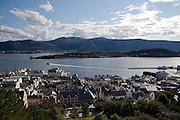 The city of Norwegian Art Nouveau, Sunnmorsalpene view<br /> <br /> La ciudad del Art Nouveau noruego