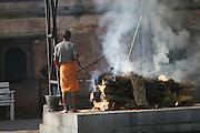India, cremation ceremony