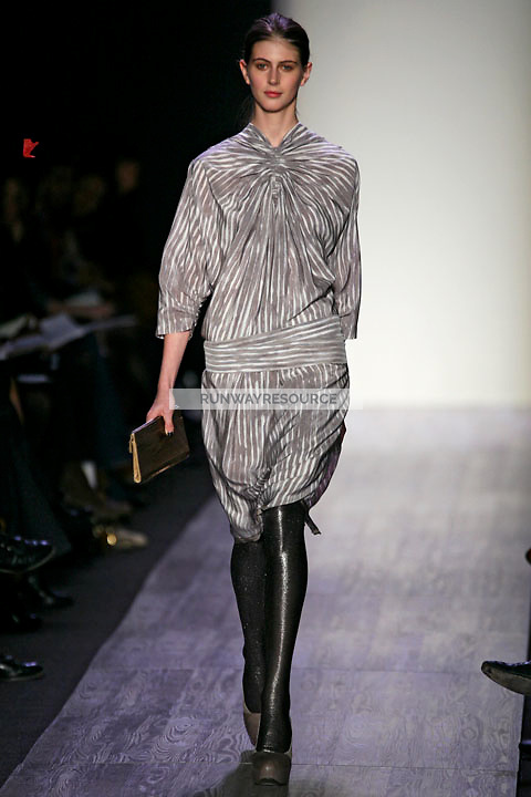 Jennifer Messelier wearing the BCBG Max Azria Fall 2009 Collection