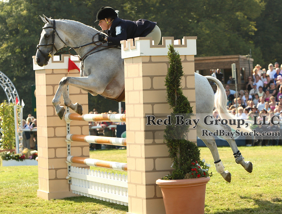Rebecca Holder (USA) and Courageous Comet at the 2006 Burghley Horse Trials in Stamford, England
