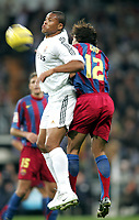 Fotball<br /> Spania 2005/2006<br /> Foto: Miguelez/Digitalsport<br /> NORWAY ONLY<br /> <br /> 19.11.2005<br /> Real Madrid v Barcelona 0-3<br /> <br /> Baptista and Gio