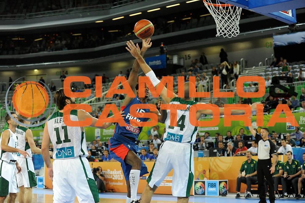 DESCRIZIONE : Lubiana Ljubliana Slovenia Eurobasket Men 2013 Second Round Lituania Francia Lithuania France<br /> GIOCATORE : Mickael Gelabale<br /> CATEGORIA : tiro shot<br /> SQUADRA : Francia France<br /> EVENTO : Eurobasket Men 2013<br /> GARA : Lituania Francia Lithuania France<br /> DATA : 11/09/2013 <br /> SPORT : Pallacanestro <br /> AUTORE : Agenzia Ciamillo-Castoria/H.Bellenger<br /> Galleria : Eurobasket Men 2013<br /> Fotonotizia : Lubiana Ljubliana Slovenia Eurobasket Men 2013 Second Round Lituania Francia Lithuania France<br /> Predefinita :