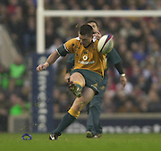 Twickenham, England, Autumn International. RFU Twickenham Stadium<br /> 16/11/2002<br /> International Rugby - England vs Australia.<br /> Matt Burke.         [Mandatory Credit:Peter SPURRIER/Intersport Images]