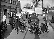 Petrol Strike at Dublin Garages.15/11/1959 motorbikes, Q, Queue, shortage, rationing, shell, delivery drivers, Servis, Irelands, best washer, betting office, santry,