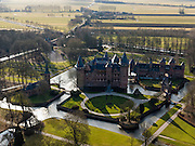 Nederland, Utrecht, Haarzuilens, 20-02-2012; Kasteel De Haar compleet met slotgracht en formele tuin..Castle De Haar in Haarzuilend, with moat and formal garden. .luchtfoto (toeslag), aerial photo (additional fee required).copyright foto/photo Siebe Swart