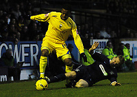 Photo: Olly Greenwood.<br />Southend United v Preston North End. Coca Cola Championship. 11/11/2006. Preston's Lewis Neal goes past Southend's Steve Hammell