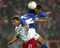 Fotball<br /> Bundesliga Tyskland 2004/05<br /> Bochum v Hamburger SV<br /> 11. desember 2004<br /> Foto: Digitalsport<br /> NORWAY ONLY<br /> Khalid BOULAHROUZ HSV, Vratislav LOKVENC