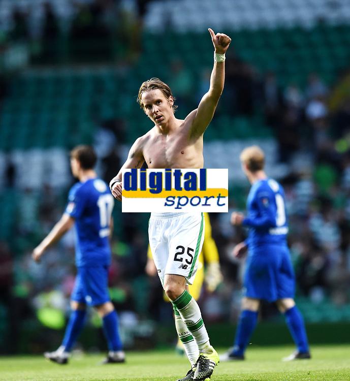 15/07/15 UEFA CHAMPIONS LEAGUE QUALIFIER<br /> CELTIC V STJARNAN<br /> CELTIC PARK - GLASGOW<br /> Celtic goalscorer Stefan Johansen salutes the home fans on his return to Parkhead.