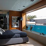 Modern Pool 1112
