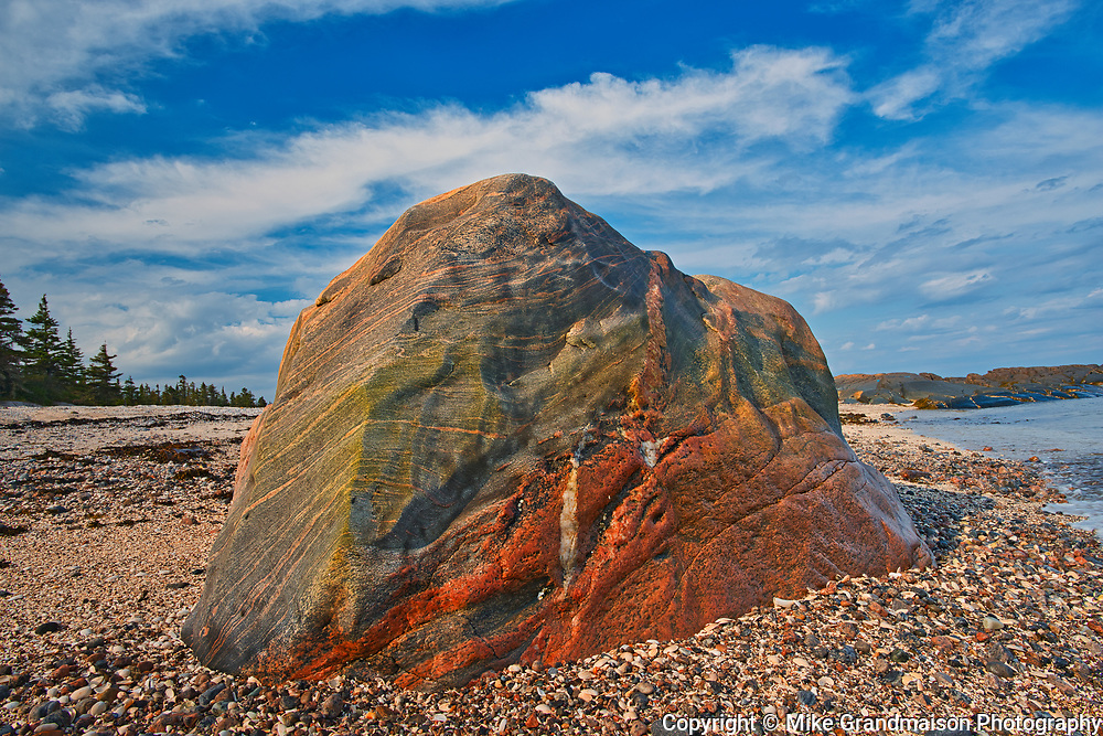 Rock along the Gulf of St. Lawrence<br />Riviere-Au-Tonnerre<br />Quebec<br />Canada