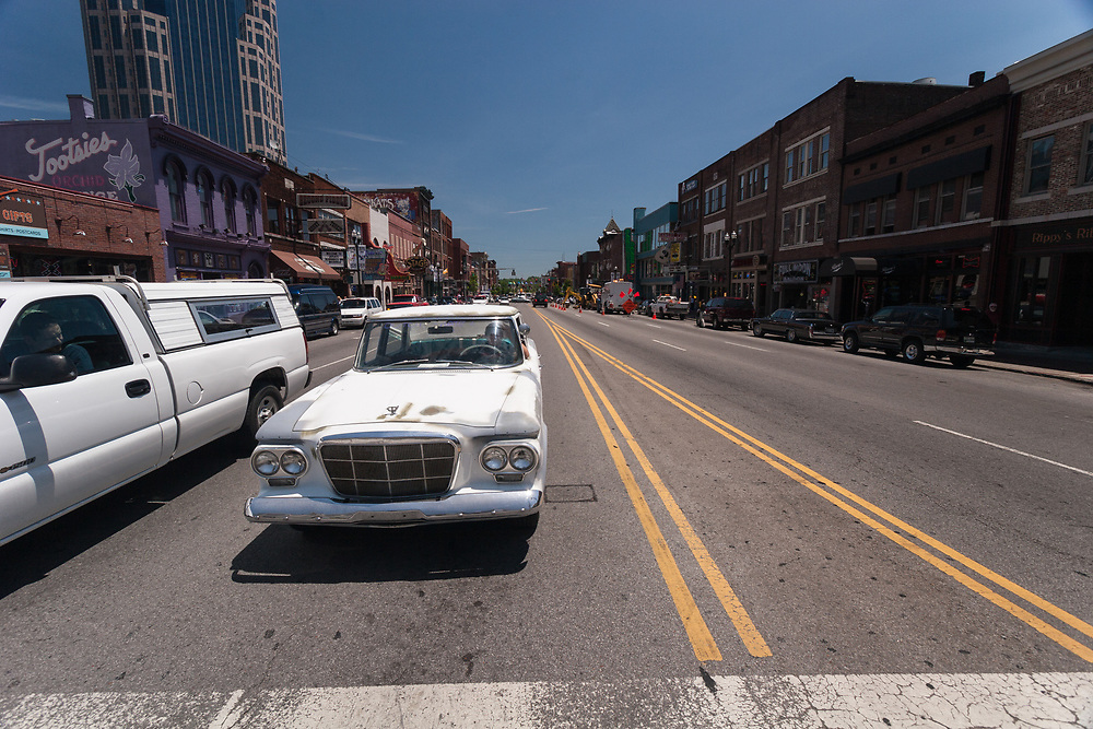 Cruising on Broadway, Nashville  is popular. Old cars are always admired on this venue.