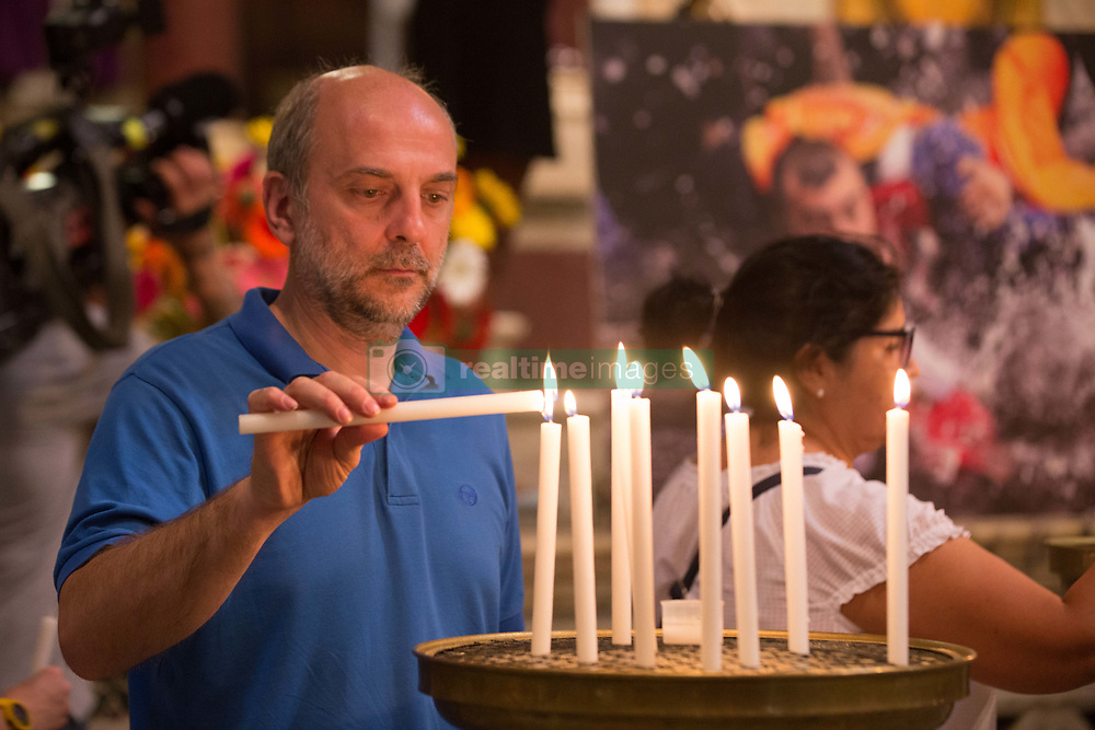 June 22, 2017 - Roma, RM, Italy - ''Die for Hope'' is a great vigil organized among others by the Community of Sant'Egidio,  Astalli Center, and Caritas Italiana to remind who have disappeared in recent years in the Mediterranean Sea or other terrible paths to Europe. (Credit Image: © Matteo Nardone/Pacific Press via ZUMA Wire)